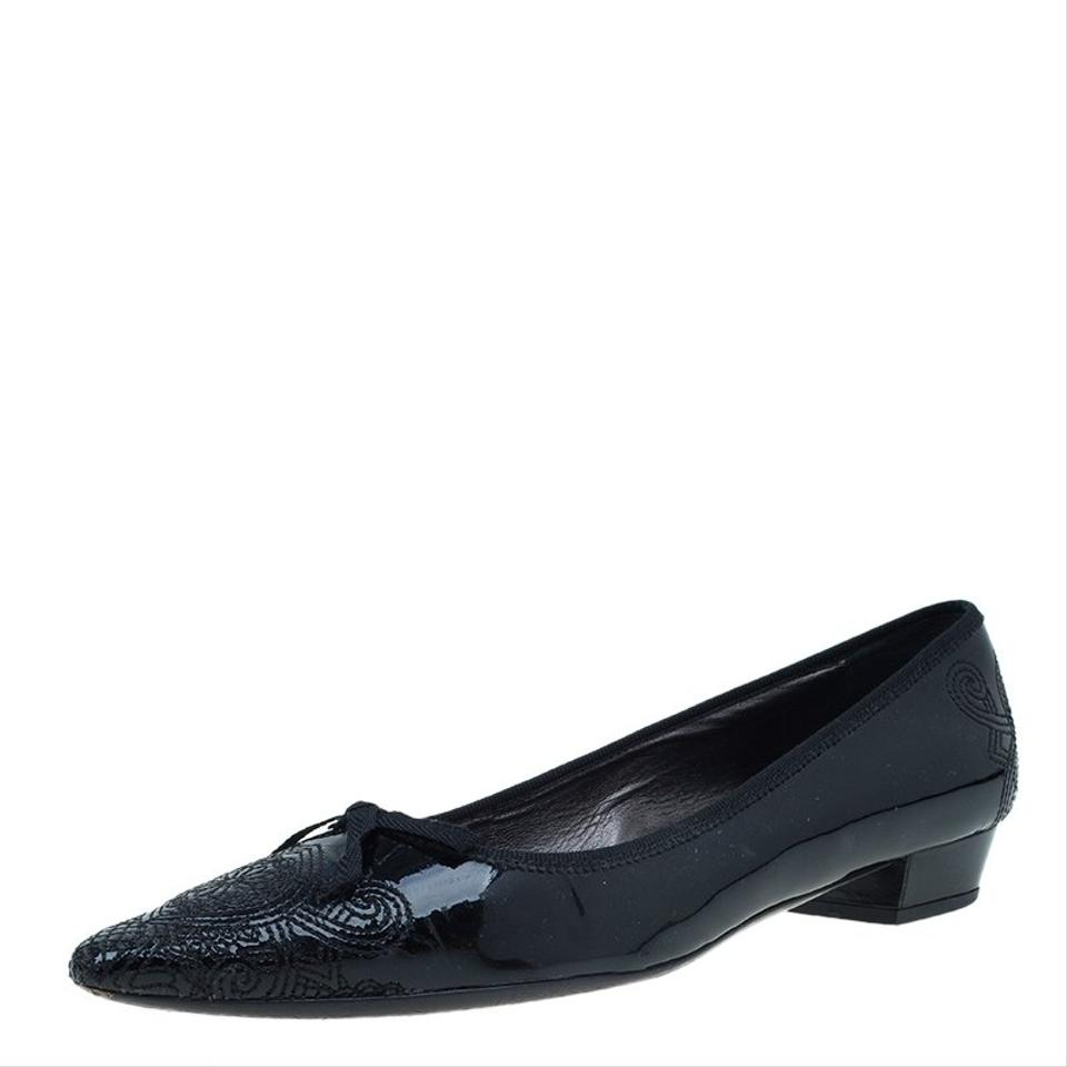Prada Black Patent Embroidered Embroidered Patent Pointed Pumps c11984