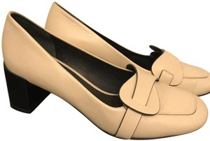 Tory Burch Loafer Sleek Cream Pumps