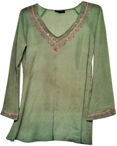Ashley Stewart Top solid green ,with pink,yellow,gold florals