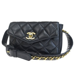 68d80eca39886e Chanel Leather Limited Edition Vintage Quilted European Cross Body Bag