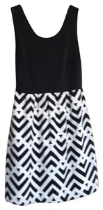 41Hawthorn short dress Black and white on Tradesy