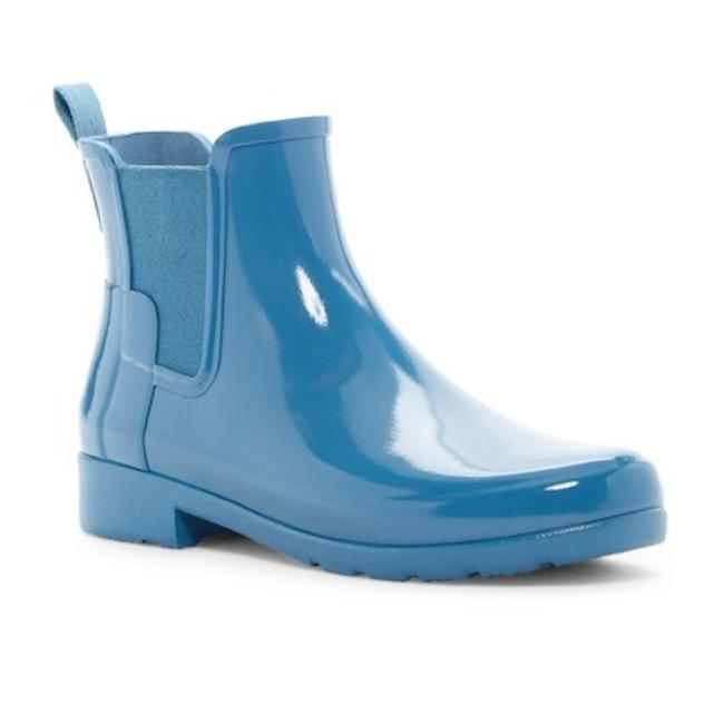 Item - Blue Refined Chelsea Boots/Booties Size US 7 Regular (M, B)