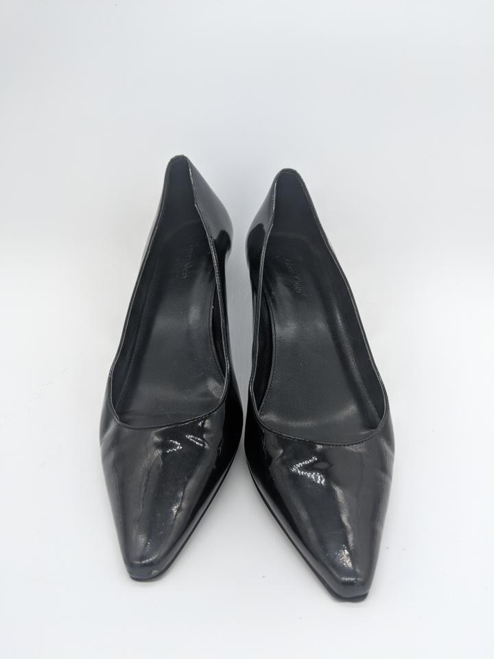 8ce19eb8e26 Black Dara Pumps