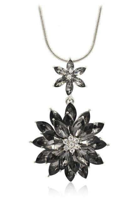 Item - Black Pendant Crystal Flowers Silver Necklace
