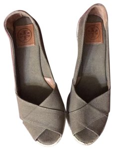 Tory Burch Olive Green/Tan Wedges