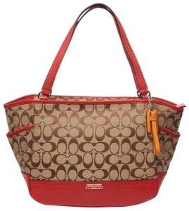 Coach Dogleashtag Signature Carrie Park Tote in Red/Mahogany/Khaki