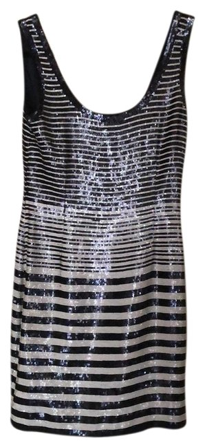 Item - Navy Blue and White Beaded 36 23456 Short Formal Dress Size 6 (S)