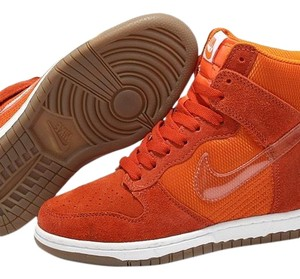 Nike ORANGE W/ GUMMY BOTTOM Athletic