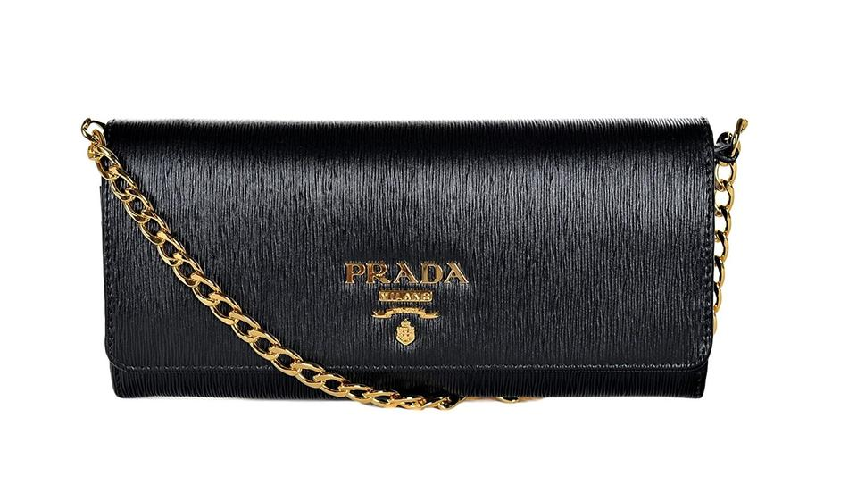 6d02f09232d7 Prada Bags on Sale - Up to 70% off at Tradesy