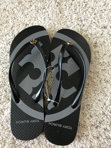 d92479c7c95c Tory Burch Blue Logo Rubber Thin Flip Flops Sandals Size US 8 ...