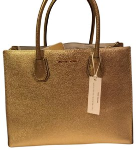 Michael Kors Satchel in Gold