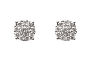 Amore Diamonds Center of my universe stud earrings