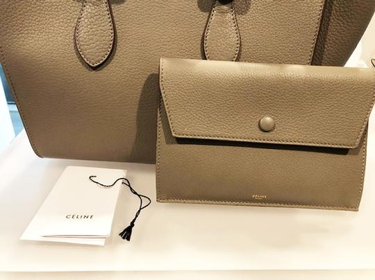 Céline Leather Tote in Grey Image 4