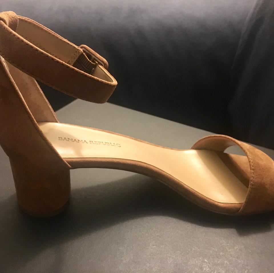 00037cb468f Banana Republic Nutmeg Bare Low Block-heel Sandals Size US 7 Regular ...