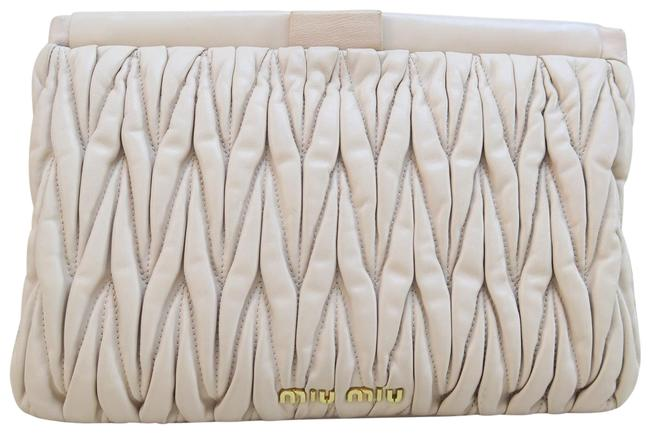 Item - Matelassé Nude Lambskin Leather Clutch