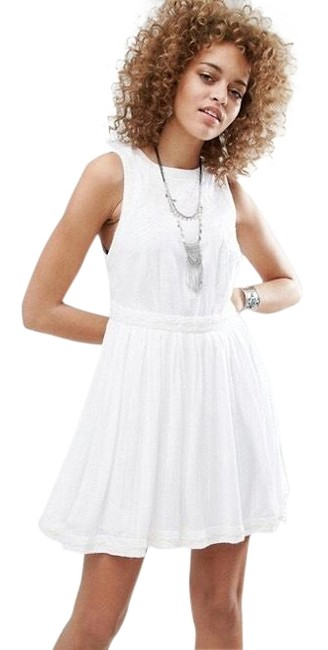 Preload https://img-static.tradesy.com/item/23541995/free-people-birds-of-a-feather-short-casual-dress-size-8-m-0-3-650-650.jpg