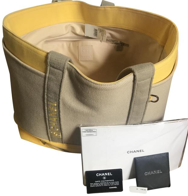 Item - Embossed Label And Neutral/Yellow Canvas Tote