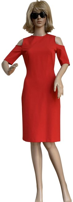 Item - Red Bodycon Cold Shoulder Mid-length Cocktail Dress Size 2 (XS)