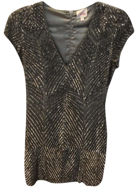 Preload https://img-static.tradesy.com/item/23543335/parker-sequin-silver-short-cocktail-dress-size-2-xs-0-1-650-650.jpg