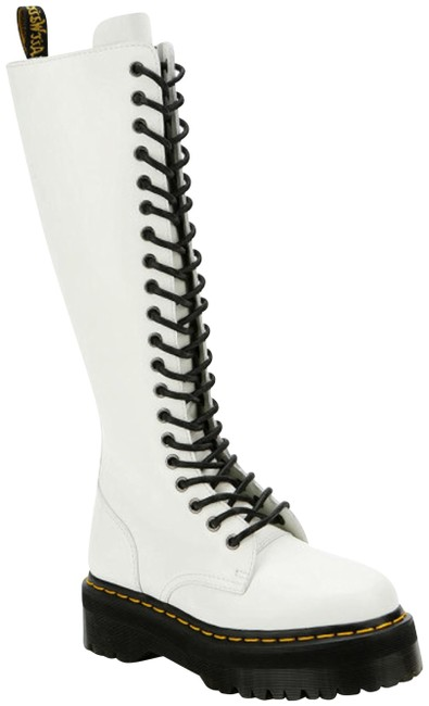 Item - White Britain Tall Boots/Booties Size US 8 Regular (M, B)