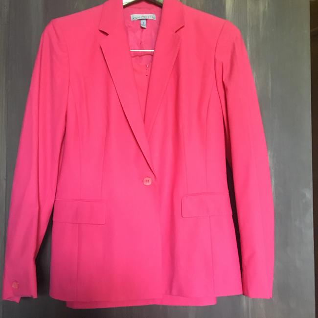 Item - Pink Tailored Skirt Suit Size 4 (S)