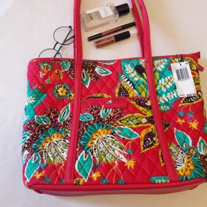 Vera Bradley Tote in Red green and yellow print
