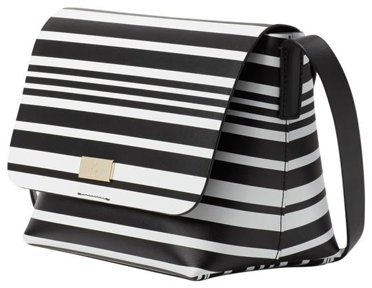 Preload https://img-static.tradesy.com/item/23545176/kate-spade-putnam-drive-street-madie-small-shoulder-handbag-st-black-white-leather-cross-body-bag-0-1-540-540.jpg