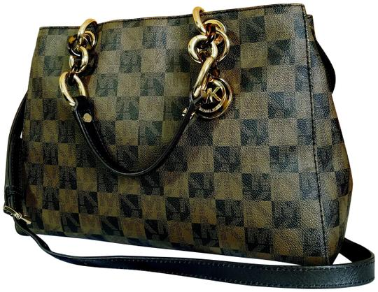 Preload https://item3.tradesy.com/images/michael-kors-checkerboard-cynthia-brown-leather-satchel-23545227-0-3.jpg?width=440&height=440
