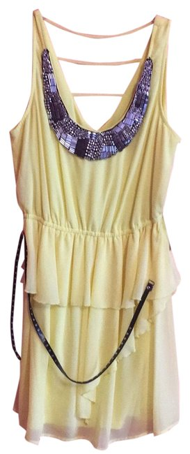 Preload https://item1.tradesy.com/images/xoxo-yellow-and-black-party-short-night-out-dress-size-8-m-23545375-0-1.jpg?width=400&height=650