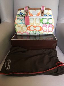 Coach Scribble Hamptons Tote in Multicolor