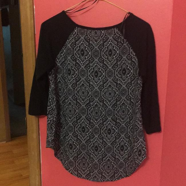 Hippie Rose Top black and white