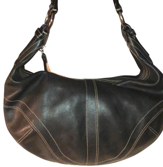 Preload https://img-static.tradesy.com/item/23545538/coach-soho-shoulder-10032-b-black-leather-hobo-bag-0-1-540-540.jpg