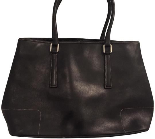 Preload https://item5.tradesy.com/images/coach-expandable-black-cowhide-leather-tote-23545549-0-2.jpg?width=440&height=440