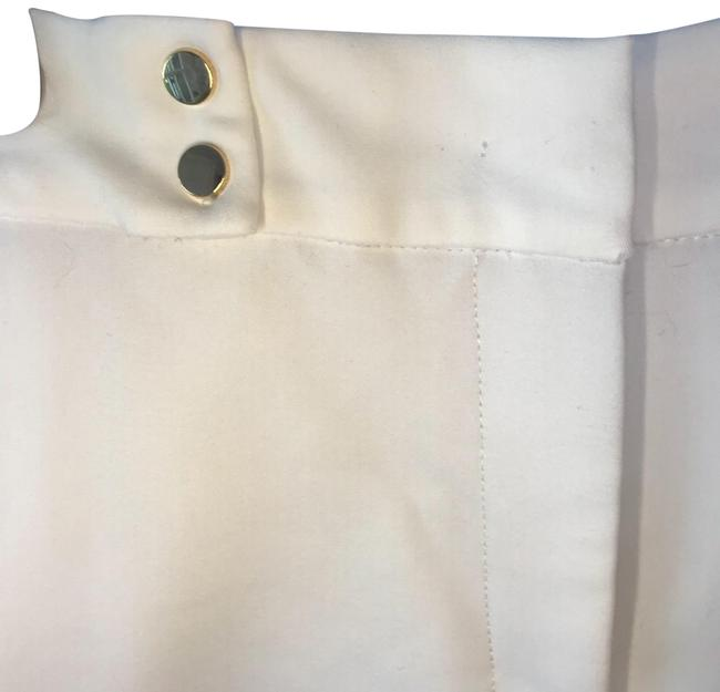 Preload https://item1.tradesy.com/images/zara-white-high-waisted-relaxed-button-shorts-size-8-m-29-30-23545585-0-1.jpg?width=400&height=650