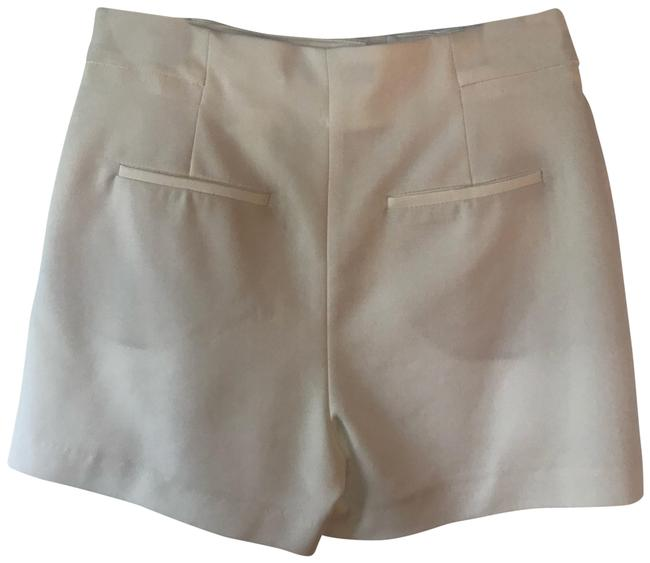Item - White High Waisted Relaxed Button Shorts Size 8 (M, 29, 30)