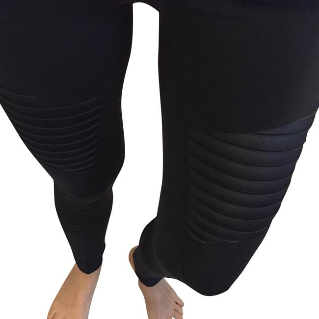 Preload https://item5.tradesy.com/images/alo-black-high-waisted-moto-activewear-bottoms-size-8-m-29-30-23545759-0-3.jpg?width=400&height=650