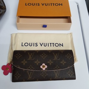 Louis Vuitton Emille