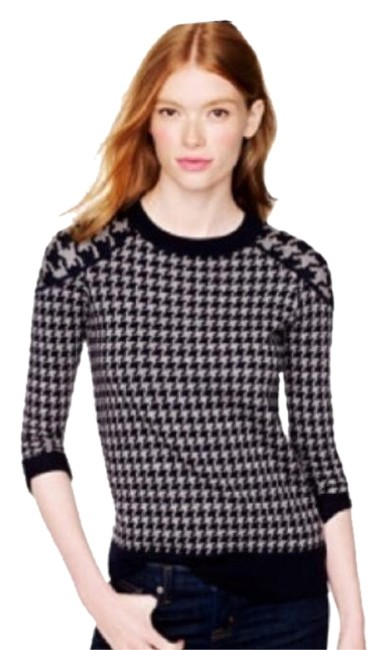 Preload https://item4.tradesy.com/images/jcrew-gray-and-black-tippi-in-houndstooth-sweaterpullover-size-8-m-23545763-0-1.jpg?width=400&height=650