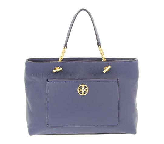 Preload https://item1.tradesy.com/images/tory-burch-chelsea-royal-navy-leather-tote-23545790-0-2.jpg?width=440&height=440