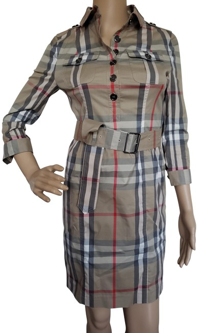 Preload https://item1.tradesy.com/images/burberry-beige-black-multicolor-nova-check-belted-mid-length-short-casual-dress-size-2-xs-23545930-0-2.jpg?width=400&height=650