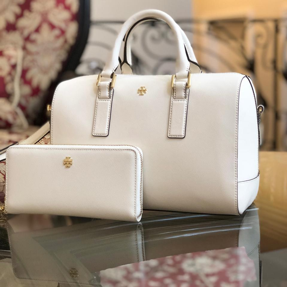 c9e226fa1e1 Tory Burch Robinson 2pcs Emerson Bundled W Continental Wallet Ivory  Saffiano Leather Satchel