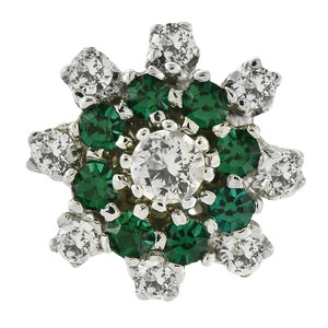 Avital & Co Jewelry Flower Design Green & White Cubic Zirconia Ring 14K White Gold