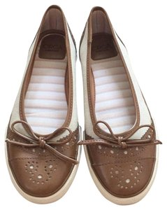 Circa Joan & David Natural/Tan Flats