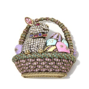 Heidi Daus Heidi Daus Easter Extravaganza Crystal and Enamel Pin BEAUTIFUL ITEM