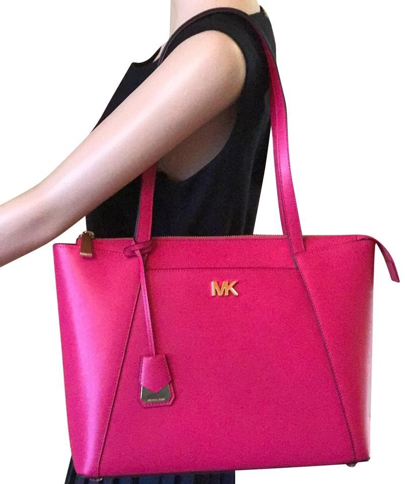 8879bd9fef1d Michael Kors Maddie Medium East West Ultra Pink/Gold Leather Tote ...