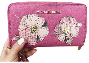 Michael Kors Phone Studded Jet Set Wristlet in Tulip Pink
