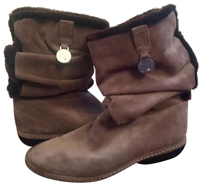 Item - Neutral Suede with Brown Faux-fur Lining Coinage Boots/Booties Size US 7.5 Regular (M, B)