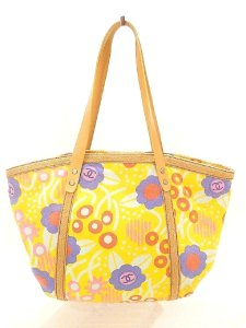 Chanel Tote in yellow canvas with a bright floral pattern