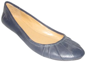 Nine West Dressy Or Casual Pleated New Without Tags Rounded Toes navy blue leather Flats