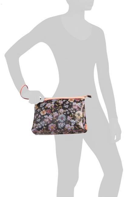 Item - Clutch Made In Italy Rose Multicolor Leather Wristlet